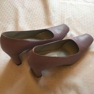 Bellini 8.5B Royal light purple/ lilac square toe